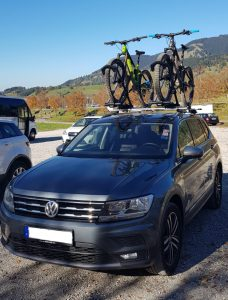 VW Tiguan Allspance Merida eONESIXTY900e Thule Fahrradständer