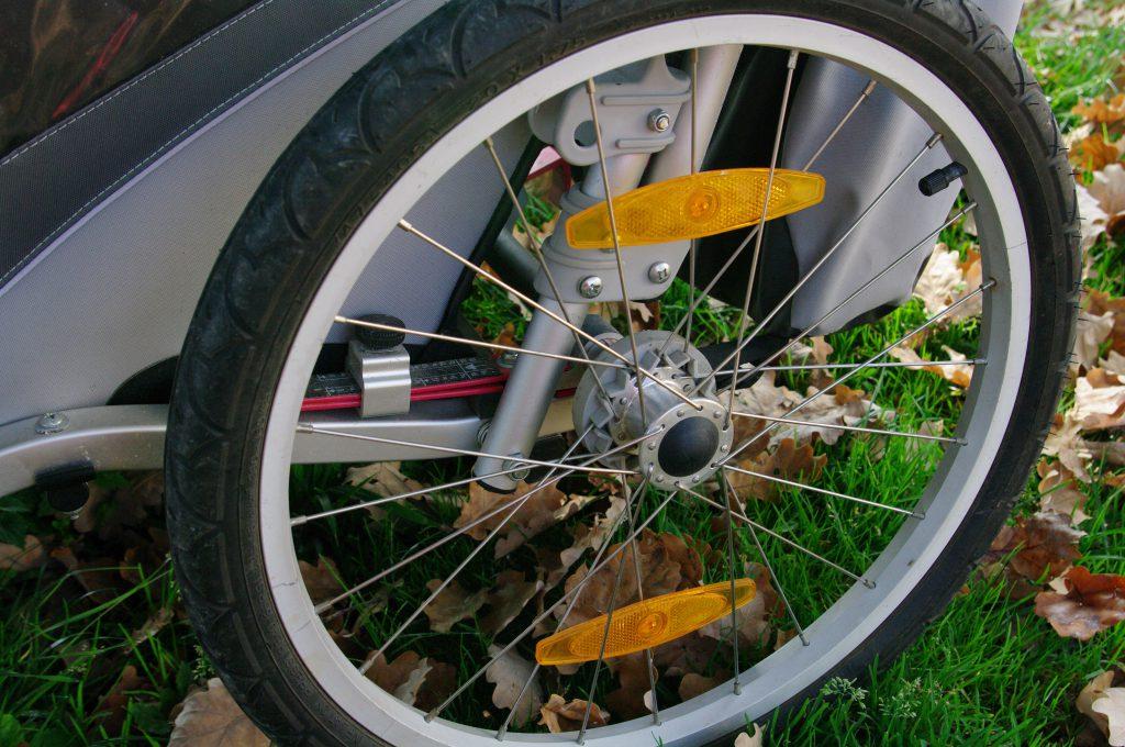 Thule Chariot Fahrradanhänger Federung Reifen